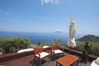 Vendesi casa eoliana su due livelli con terrazzi panoramici