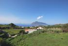 Vendesi casa eoliana con terreno panoramico Quattropani Lipari