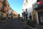 Vendesi casa Garibaldi centro storico Lipari