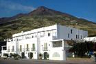 Vendesi struttura alberghiera Stromboli da 3900000 euro