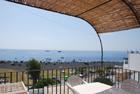 Casa su due livelli con vista e giardino a Stromboli