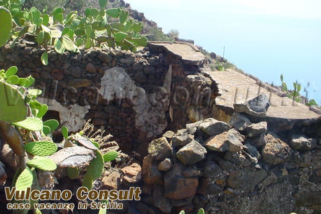 for sale 2 ruins with project for 2 panoramics villas