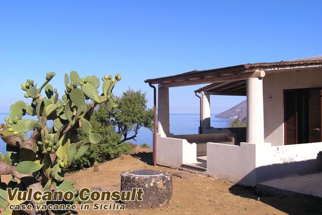 Holding Trivoli, Lipari island