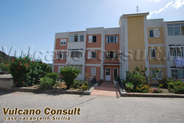 Vendesi appartamento panoramico Lipari