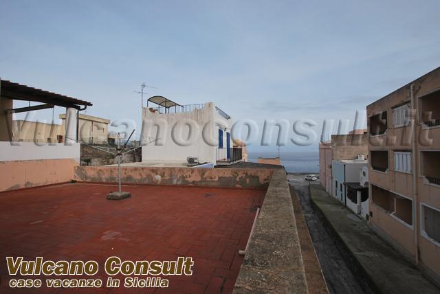 Casa torrente Calandra Canneto Lipari