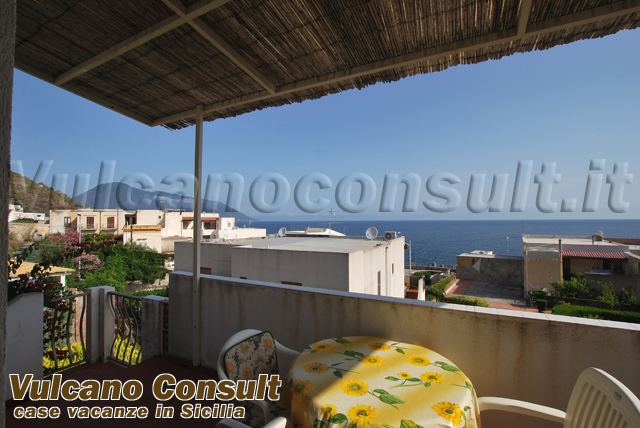 House on the first floor on sale in Acquacalda, Lipari