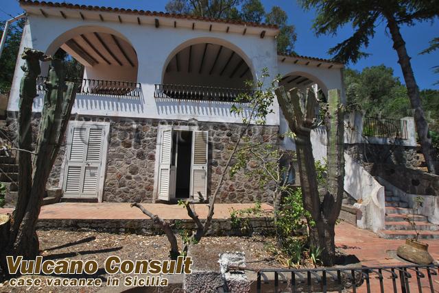 Villa Quattrocchi Lipari to sell