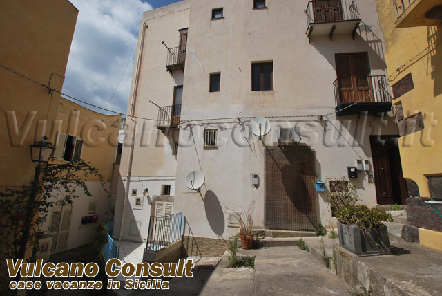 Aprtment on the first floor in Lipari