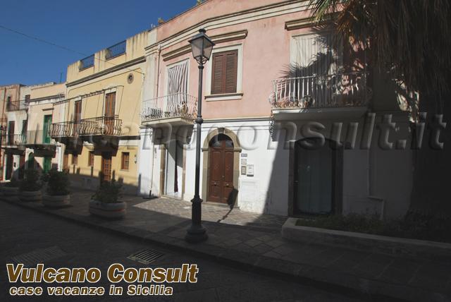 Casa via Garibaldi Lipari