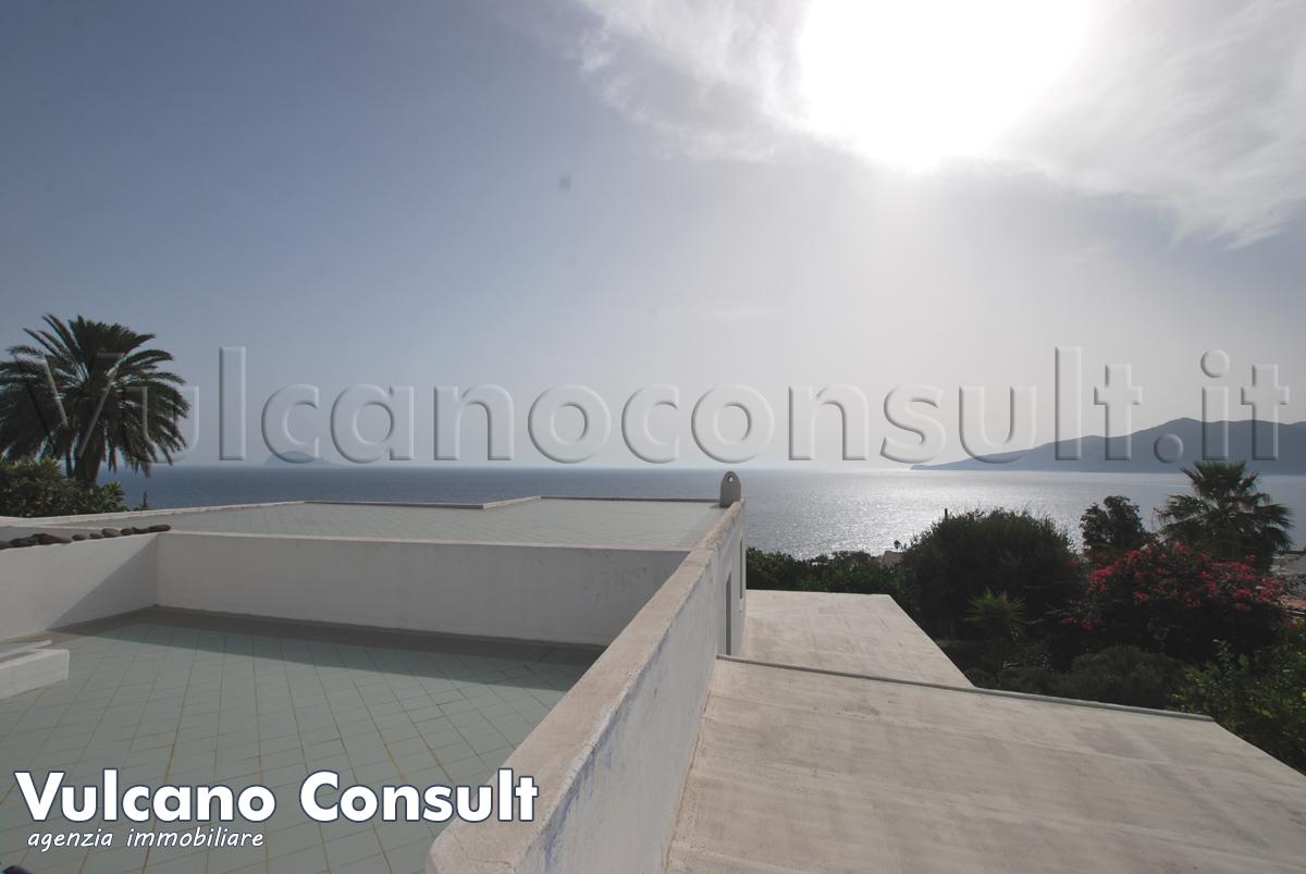 Vendesi villa via belvedere Santa Marina Salina
