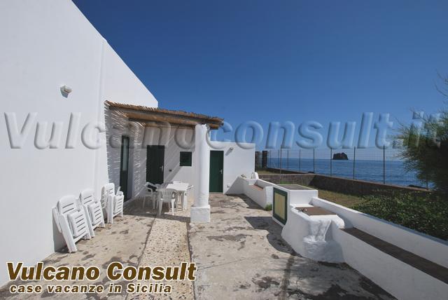 Vendesi casa sul mare Stromboli